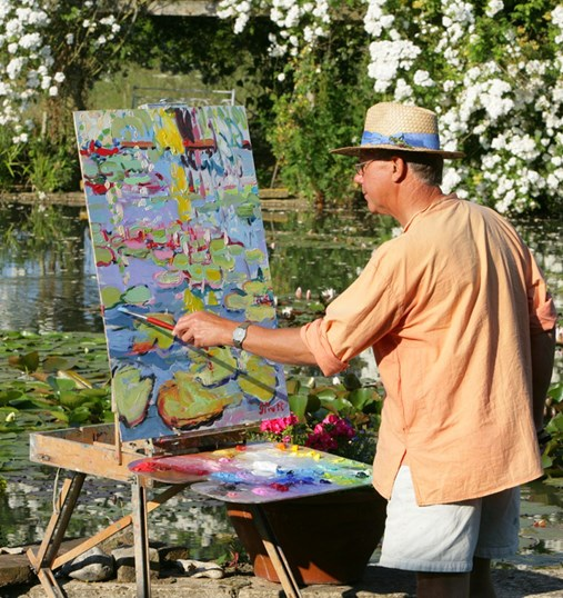 http://resources.theartbook.org/Products/AR00398/Image?frame=artistimg3&max-width=538&max-height=538